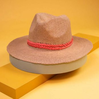 Powder natural weave hat